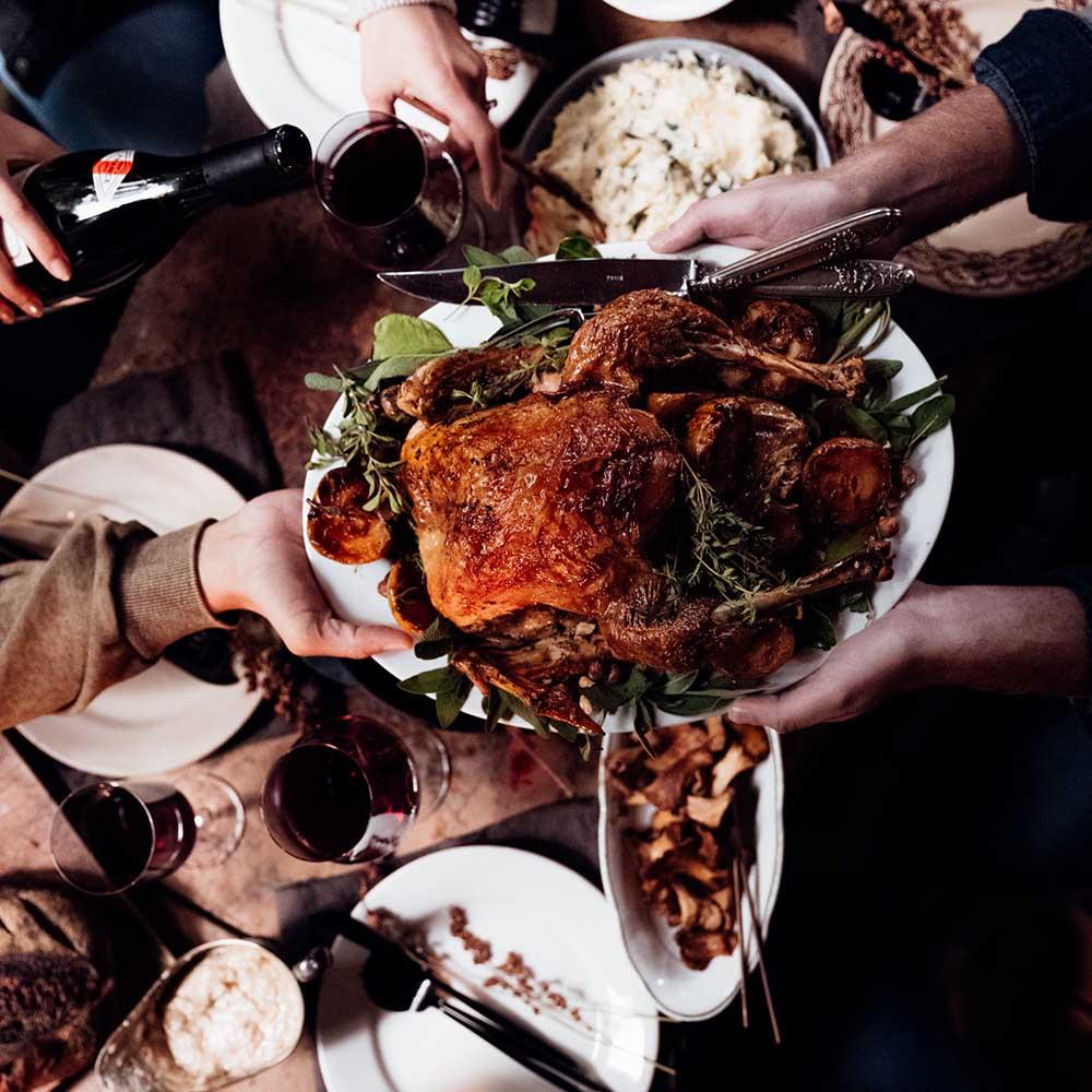 Fourchette, tire bouchon et vigneron